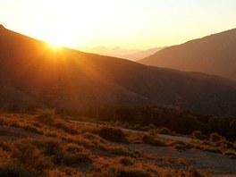 Východ slunce pod Monte Cinto (2 706 m)