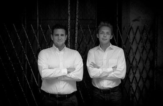 Joshua Fields Milburn a Ryan Nicodemus