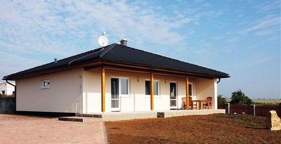 Domy ELK mají ve standardním nízkoenergetickém provedení celkovou sílu stěny až