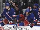 Hokejist� NY Rangers sk��ou ze st��da�ky na led a m�ou slavit. Rozhoduj�c�