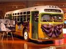 Slavn� autobus, v n�m� Rosa Parksov� v roce 1955 odm�tla uvolnit m�sto