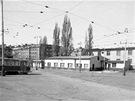 Dv�r vozovny s v�pravnou z roku 1950 v roce 1990