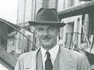 Zp�v�k a skladatel R. A. Dvorsk�.