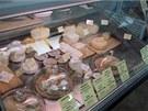 Ani nabídka tuzemských sýrů od malých dodavatelů není nezajímavá. (Sklizeno)