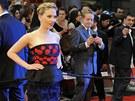 Scarlett Johanssonová při londýnské premiéře filmu The Avengers