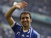 SBOHEM. �pan�lský úto�ník Raúl se lou�il s fanou�ky Schalke, za které u� v...