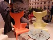 Z plastu dokážou italští výrobci vytvořit úžasné tvary.