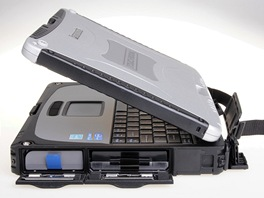 Toughbook CF-19: prav strana