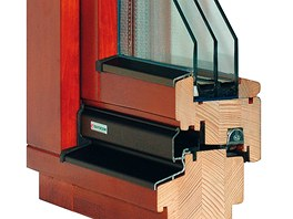 Dřevěný profil EURO 88 umožňuje osazení optimálních trojskel špičkových