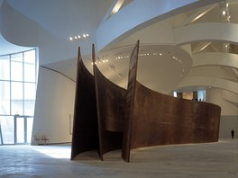 Dílo Richarda Serry v dokončené galerii