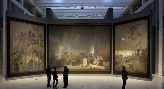 Slovanská epopej je vystavená v Národní galerii v pražském Veletržním paláci.