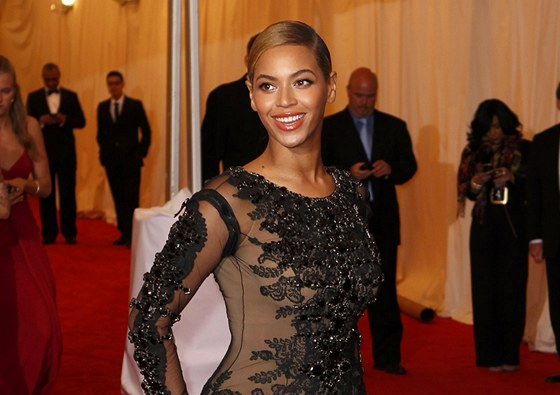 Beyonc� (Met Gala, New York, 7. kv�tna 2012)