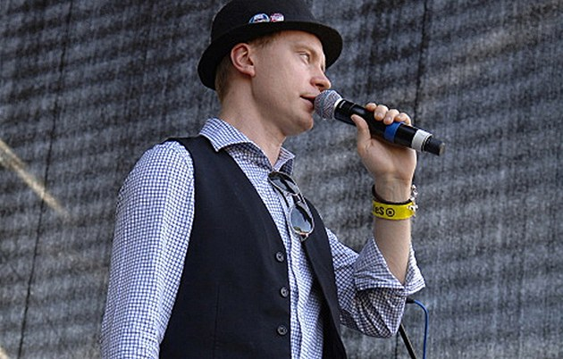 Jan Budař si užívá festivaly jako muzikant, i jako moderátor.