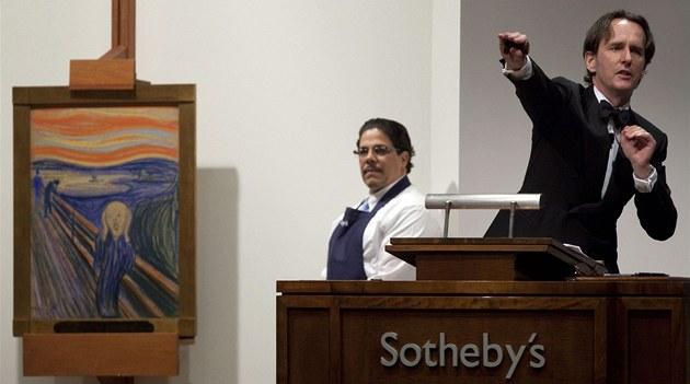 Licitátor šroubuje cenu Munchova obrazu Křik stále výš. Nakonec se prodal v...