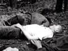 T�la N�mc� zmasakrovan�ch 10. kv�tna 1945 v n�chodsk�m pivovaru