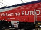 U� JEN DOLADIT DETAILY. Speci�ln� polep lokomotivy na fotbalov� EURO 2012 je