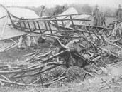 Trosky letounu Ca.33, v němž zahynul M. R. Štefánik