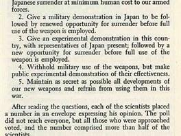 Mají USA použít proti Japonsku atomovou bombu?
