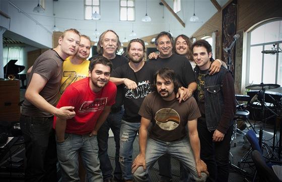 Kapela Kryštof v nouzovském studiu Sono při natáčení písně Křídla z mýdla z...