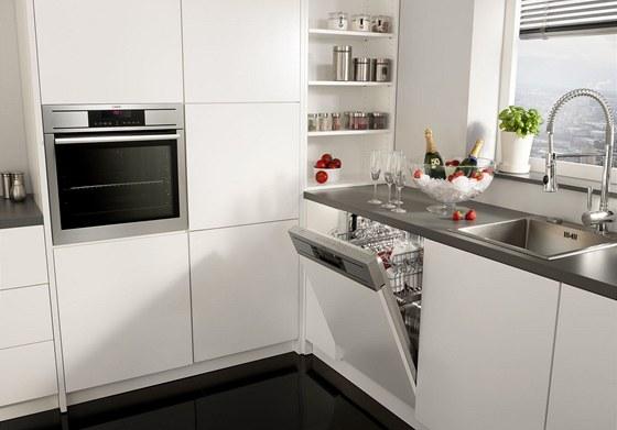 Design současných vestavných spotřebičů vychází z jednoduchých a čistých linií.