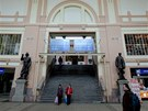 Zrekonstruovaná budova hlavního vlakového nádraží v Plzni.