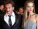 Roberta Armani, Giorgio Armani, Sean Penn, Petra N�mcov� a Paul Haggis v Cannes
