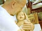 Bruce Willis a jeho dcera Mabel (10. května 2012)