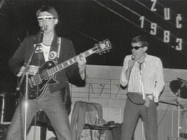 Visac� z�mek 1983 - Kytarista M. Pixa, zp�vák J. Haubert