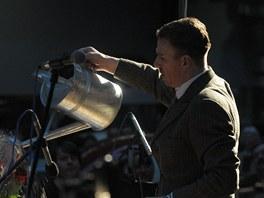 Z koncertu Pocta Johnu Cageovi v rámci Pražského jara 2012 v Národním