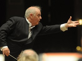 Daniel Barenboim p�i zkou�ce Wiener Phillharmoniker na Pra�sk�m jaru 2012