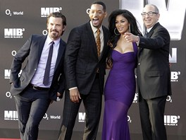 Josh Brolin, Will Smith, Nicole Scherzingerov� a re�is�r Barry Sonnenfeld na