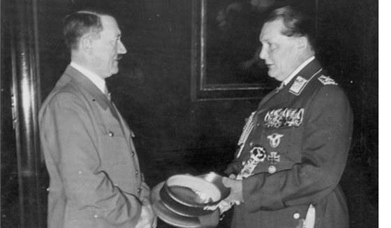 Hermann Göring byl součástí špičky nacistické hierarchie. Leckdy býval