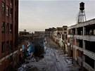 Opuštěné továrny v Detroitu. Někdejší mekka automobilového průmyslu upadá už
