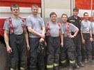 Hasiči z hradeckého kraje pomáhali hasit rozsáhlý požár v Bzenci na Hodonínsku.