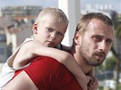 Film Rust and Bone (Rez a kost), Matthias Schoenaerts  (vpravo)