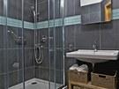 Mal� koupelna je navr�ena zcela prakticky. Vzhledem k tomu, �e ji ob�v� mu�,
