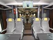 Vozy LEO Expressu jsou v ekonomické třídě plně průchozí