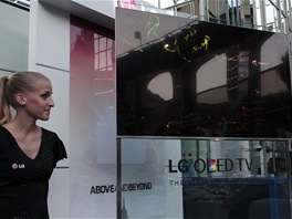 "Odlesky na 55"" OLED TV LG"