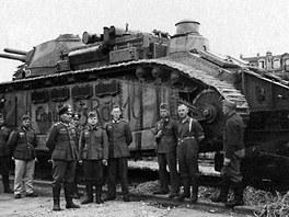 Francouzský Char 2C byl prvním dokončeným vícevěžovým tankem