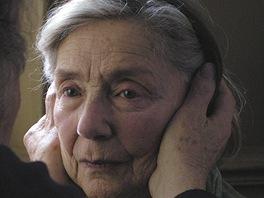 Film Amour režiséra Michaela Hanekeho, Emmanuelle Riva