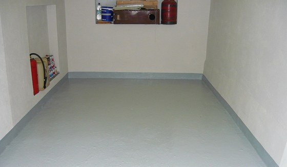 Podlaha v garáži nátěr