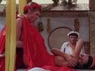 Caligulův příběh lákal režiséra Tinta Brasse i kvůli erotice.