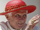 Papež  Benedict XVI