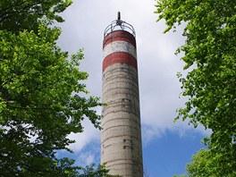 Geodetická měřičská věž na nejvyšším vrcholu Csóványos (938 m)