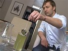 Sáček s čajem kabusé jednoduše přelijete ledovou vodu a za 5 minut máte...