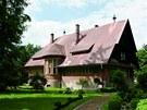 Červená vila Josefa Binka, Krucenburk (1908- 1909): Podnikatel, fotograf