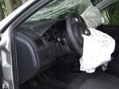 Nehoda opil�ho �idi�e se �kodou Fabia u Vrchlab�