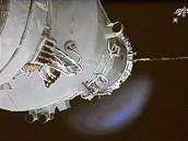 Loď Šen-čou 9 před spojením s experimentálním modulem Tchien-kung 1.