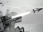 Britský protiletadlový systém GWS-21 Sea Cat byl jedním z mála používajících