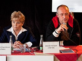 Debata politiků se středoškoláky v Hradci Králové (14. června 2012)